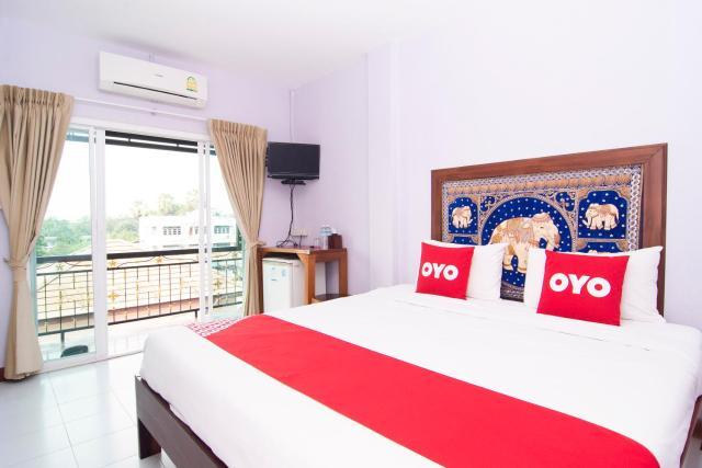 OYO 587 Baan Taklom Chomtalay