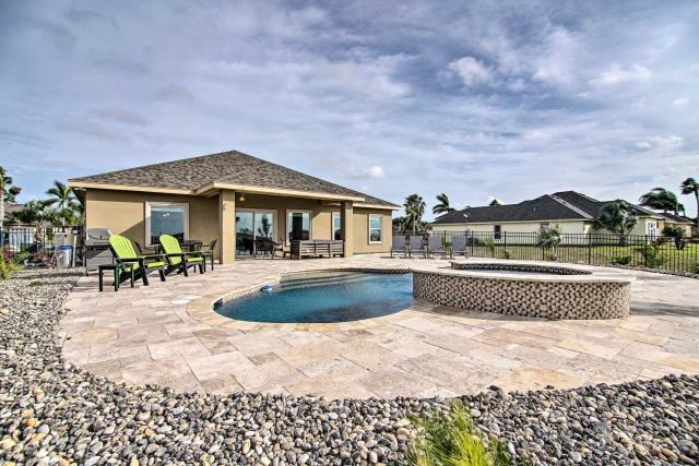 Laguna Vista Resort-Style Home, Private Pool and Spa