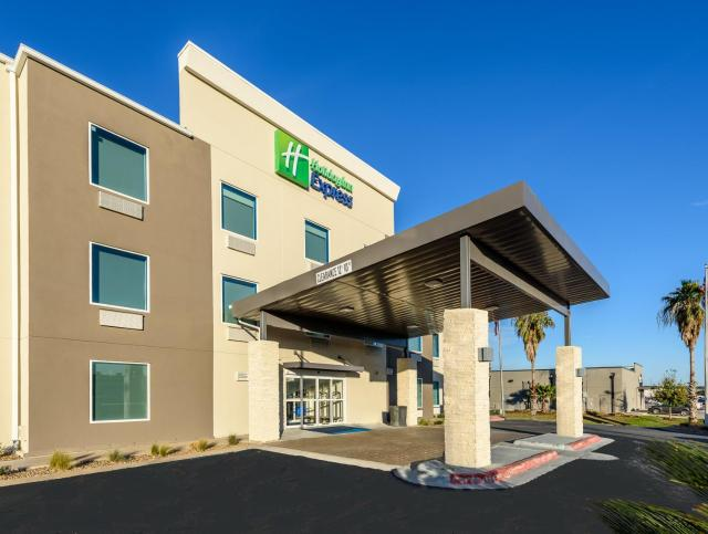 Holiday Inn Express Hotel and Suites Bastrop, an IHG Hotel