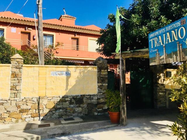 Apartamentos Turisticos Trajano