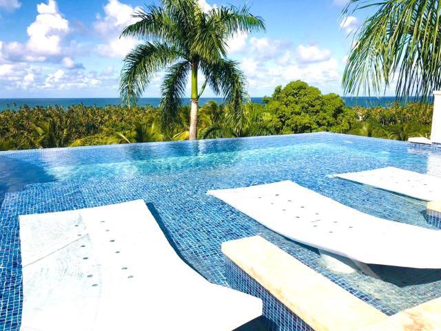 Modern 7 bedrooms Villa on private beach access