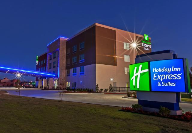 Holiday Inn Express and Suites Tulsa West / Sand Springs, an IHG Hotel