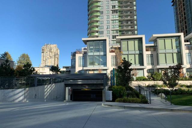 Richmond luxury new Townhouse & city center By D&C