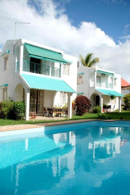House with 3 bedrooms in Flic en Flac with shared pool enclosed garden and WiFi