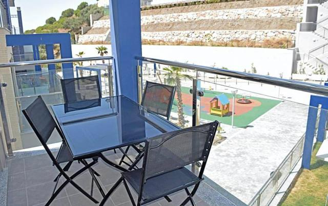 Apartment with 3 bedrooms in Almunecar with wonderful sea view shared pool and enclosed garden 300 m from the beach