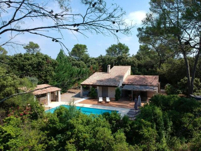 Villa de 5 chambres a Le Thoronet avec piscine privee jardin clos et WiFi a 45 km de la plage