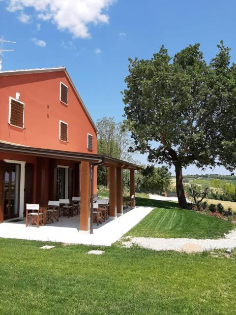 Agriturismo Colle Rosso