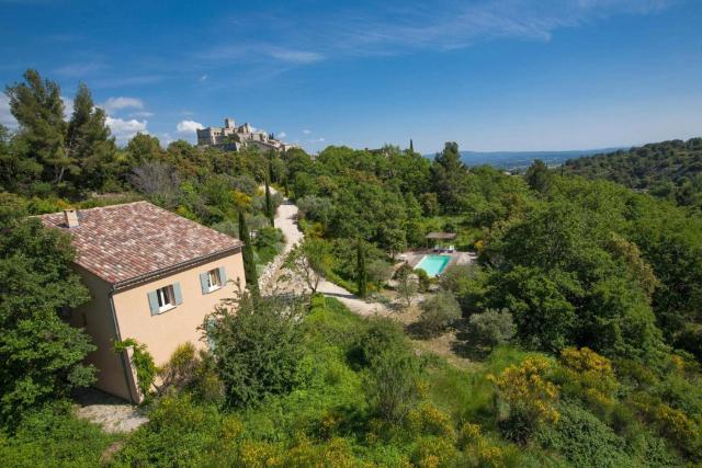 Le Barroux Villa Sleeps 8 Pool
