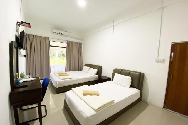 OYO 90087 Warisan Motel