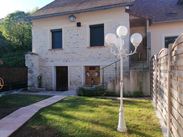 Maison de 2 chambres a Sainte Genevieve les Gasny avec jardin clos et WiFi