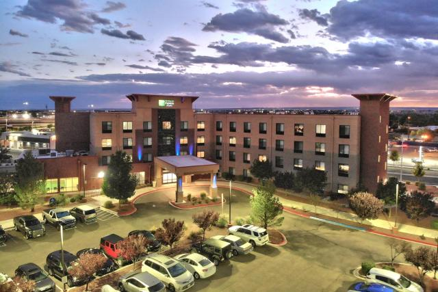 Holiday Inn Express Hotel & Suites Albuquerque Historic Old Town, an IHG Hotel