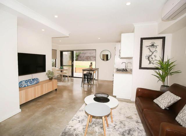 Ashburton Apartment
