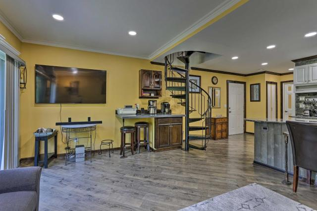 Smart Home by 4-Season Resort and Golf Course!