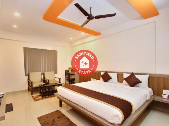 Capital O 2235 Oh My Rooms Indranagar