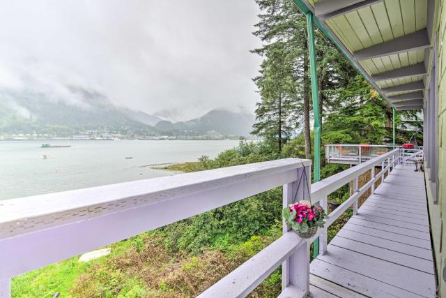 Waterfront House with Glacial Views - Near Downtown!