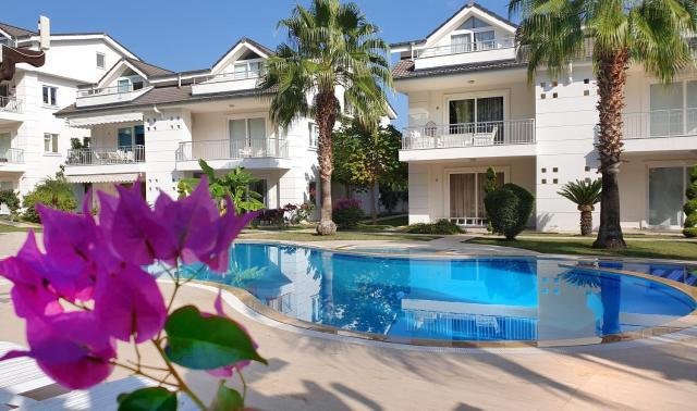Atalos residence flat with 3 bedroom
