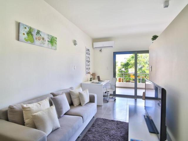 Room in Apartment - Completely renovated aparthotel