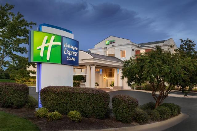 Holiday Inn Express Hotel & Suites Auburn - University Area, an IHG Hotel