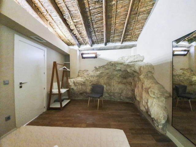 House with 3 bedrooms in Alcala del Jucar with wonderful mountain view and WiFi