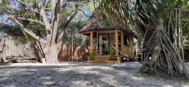 Mikadi Beach Camp & Backpackers