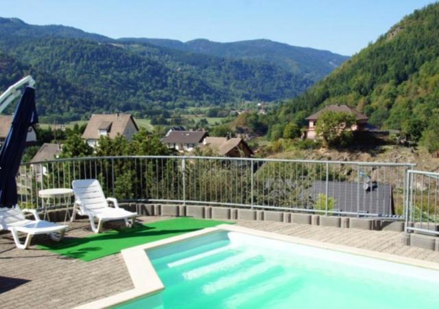 Appartement de 2 chambres a Oderen avec magnifique vue sur la montagne piscine partagee jardin amenage a 20 km des pistes