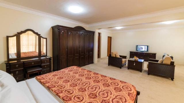 Room in Guest room - Trendy Junior Suites In Masaka - 1