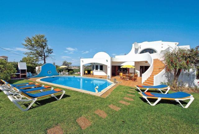 Villa Gira