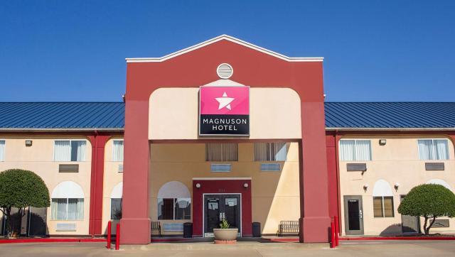 Magnuson Hotel Sand Springs – Tulsa West
