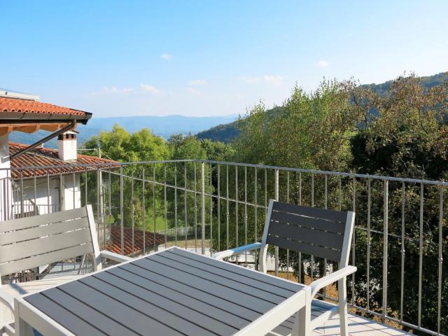 Locazione Turistica Casa del Castagno - NAT401