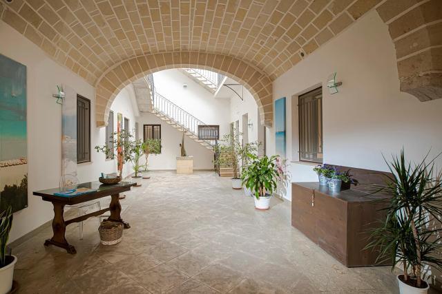 CasaTrapani Rooms & Apartments