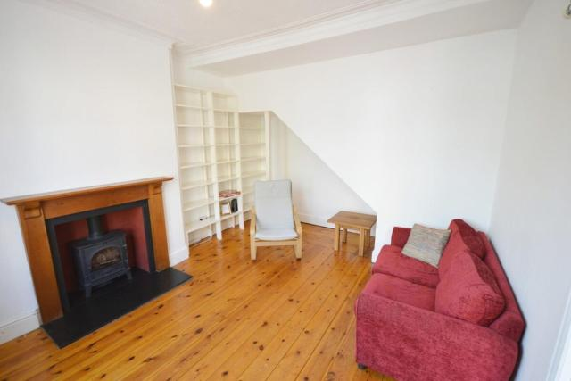 2 Bed Home - Gloucester Road