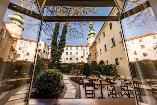 BEIGLI Hotel & Garden