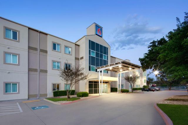 Motel 6-San Antonio, TX - Airport