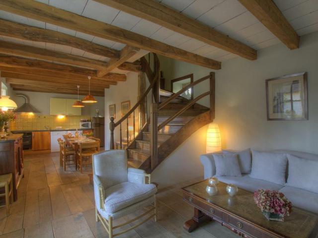 Gîte Saint-Martin-du-Mont, 3 pièces, 5 personnes - FR-1-493-108