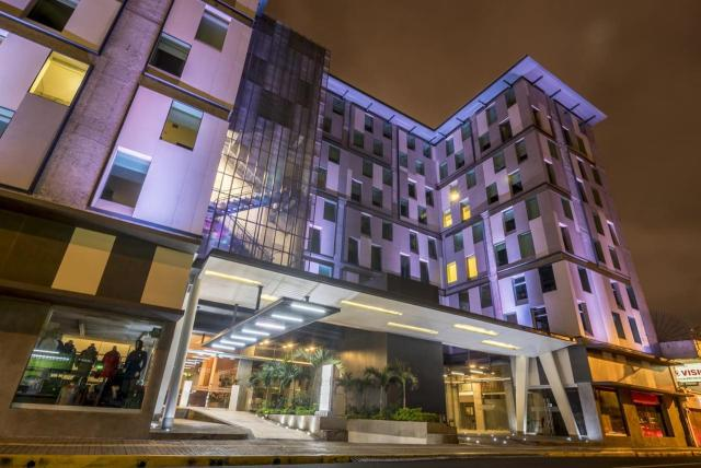 Urban Green Hotel & Suites