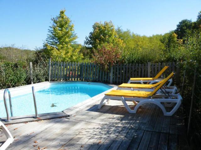 Maison de 3 chambres a Le Buisson de Cadouin avec piscine partagee jardin amenage et WiFi