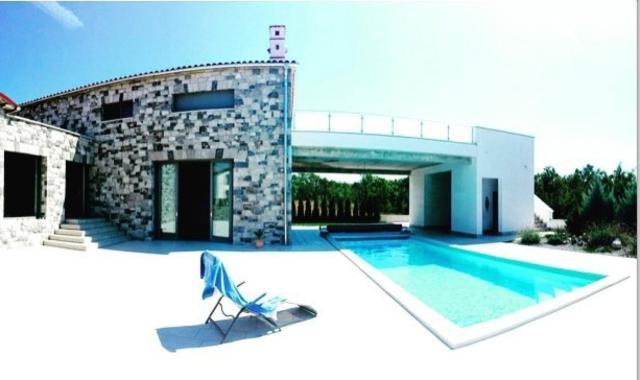 Villa Lavanda in Kriz Sezana with private swimpool