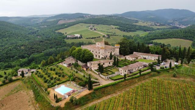 Castello Di Meleto Wine Resort