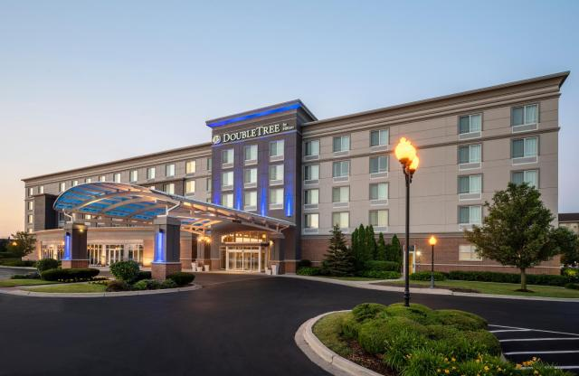 DoubleTree by Hilton Chicago Midway Airport, IL