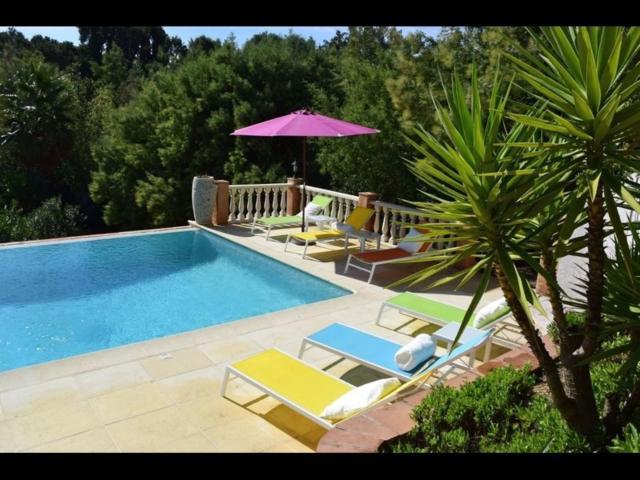 Beautiful 5 Bedroom Provencal Villa