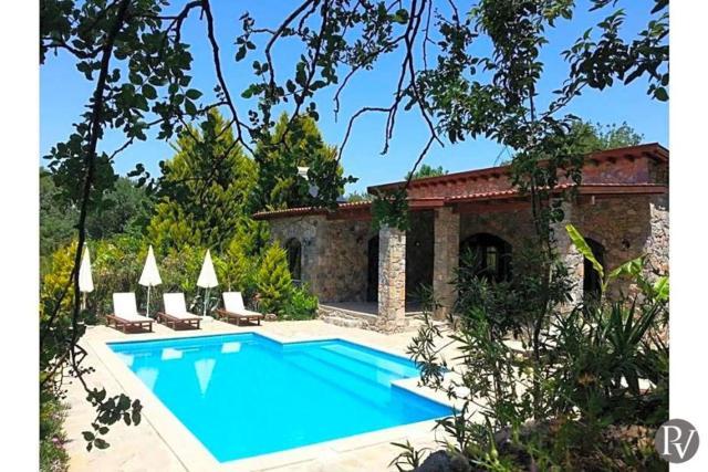 Fethiye Villa Sleeps 5 Pool