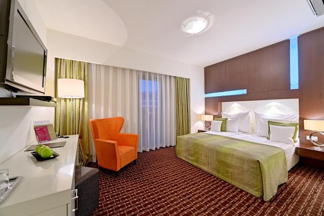 Hotel Cubix