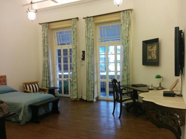 The Harrington Residency