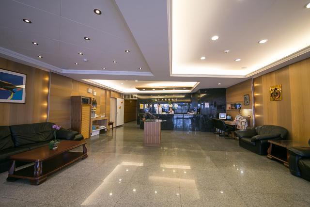 Jiuning Business Hotel