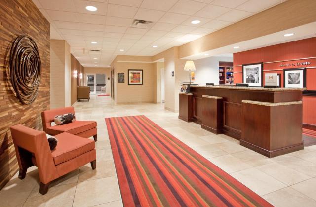 Hampton Inn & Suites Omaha Southwest-La Vista