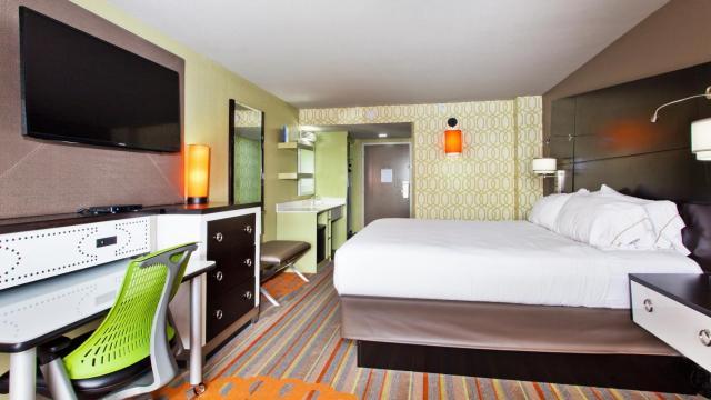 Holiday Inn Express Atlanta NW - Galleria Area, an IHG Hotel