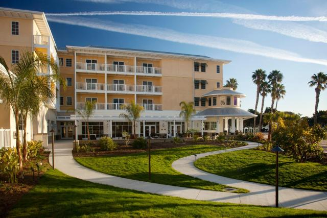 Jamaica Bay Inn Marina Del Rey Tapestry Collection by Hilton