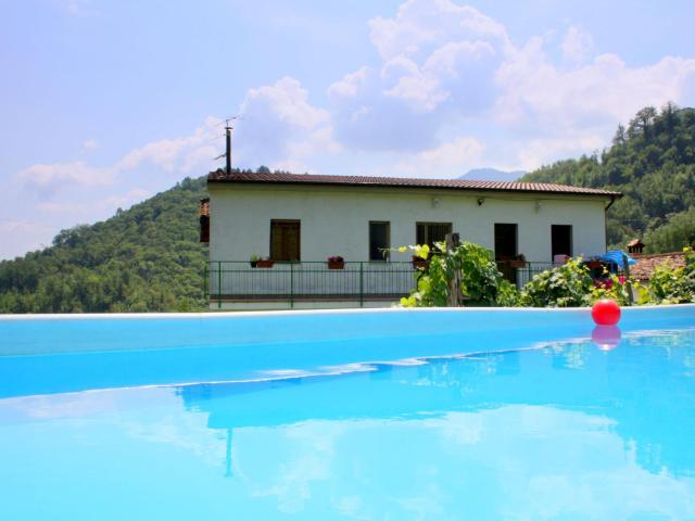 Welcoming Holiday Home with Private Pool in Molazzana