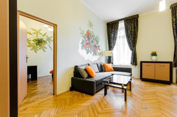 Papaya Apartments