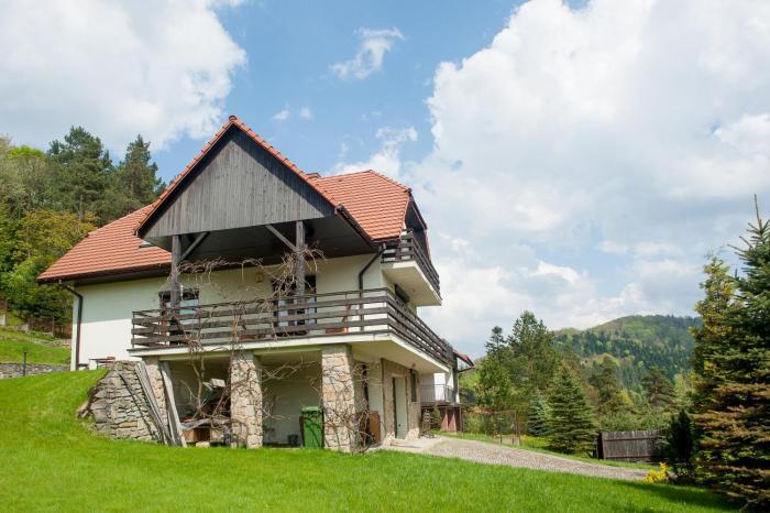 Klimkówka 96 Dom w górach nad jeziorem